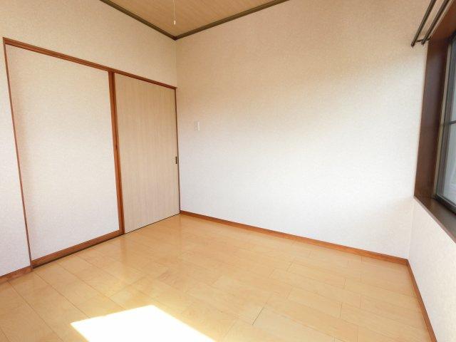 【寝室】七栄K邸戸建
