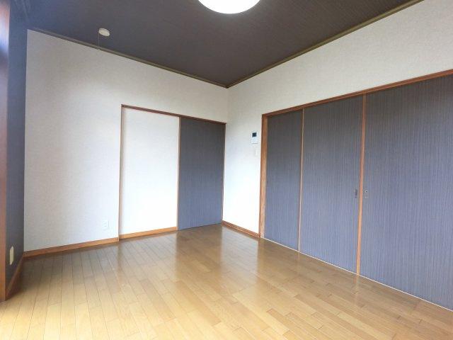 【居間・リビング】七栄K邸戸建