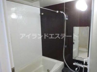 【浴室】カスタリア用賀 ペット可 2人入居可 ネット無料 24時間ゴミ出し可
