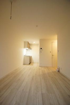 洋室7.8帖のお部屋になります。