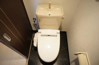 【トイレ】ブラウニー(BROWNIE)