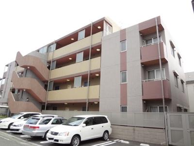 グリーンライン「日吉本町」駅徒歩6分のマンションです