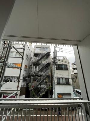 【居間・リビング】グラスタワー