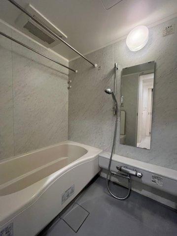 【浴室】グラスタワー