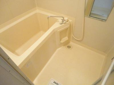 【浴室】リュミエール河西