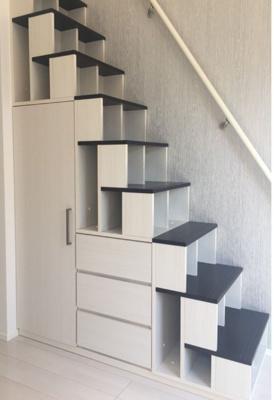 階段が収納です!
