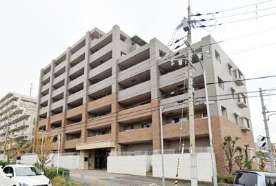 利便性に恵まれた和泉砂川駅徒歩13分。