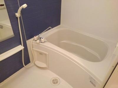 【浴室】ヴァン・コリ-ヌ