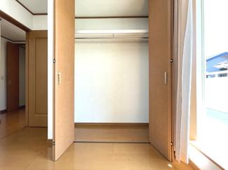 各居室にクローゼットが付いており、片付けもしやすいお部屋になります
