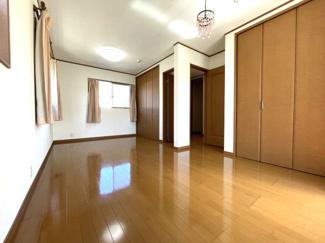 2階子供部屋は、2部屋の続き間にしています。将来仕切って各部屋でお使い頂けます