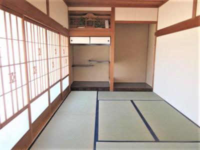 1Fリビング横に和室があります。和室の襖を開け放てば2つの部屋が1つの大きな空間になります。