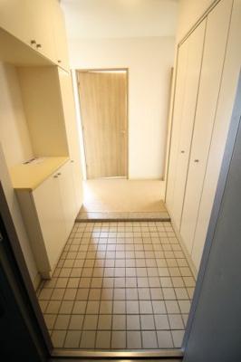 【玄関】RICイーストコート3番街