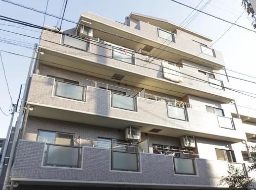 3階部分の西向き 全室にバルコニーあり 通風良好 閑静な住宅街の低層マンション 新規内装リノベーション
