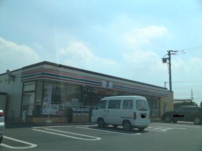セブンイレブン前橋元総社町西店まで100m