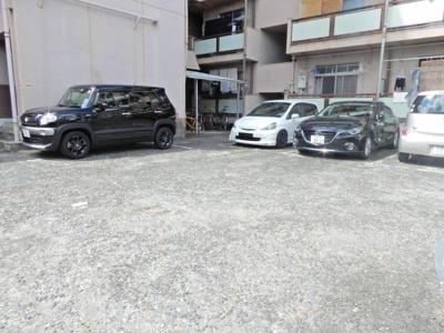 【駐車場】清和幸マンションB棟