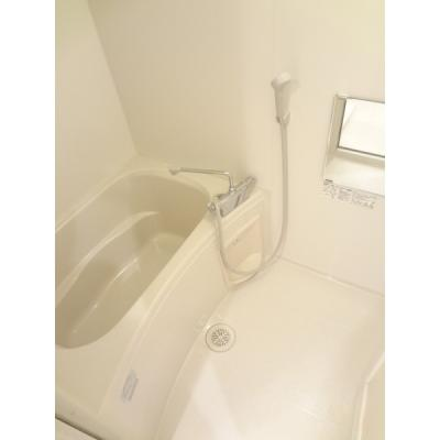 トイレと別なのでゆったり湯船に入れます