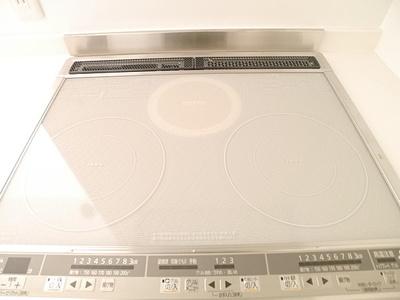 システムキッチン(IH3口)