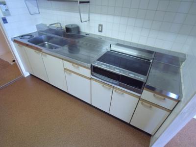 【キッチン】リアライズ垂水