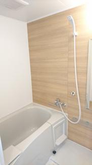 【浴室】トーマス内間