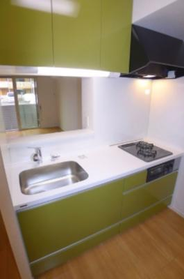 人気の対面式キッチン採用!
