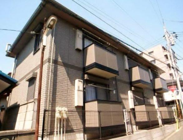 津田沼駅徒歩10分。