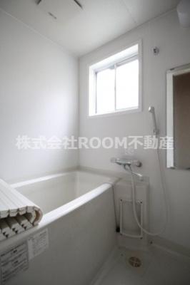【浴室】西町貸家