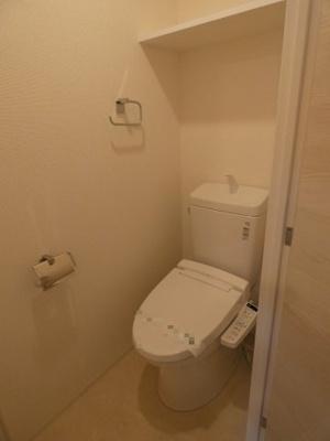 温水洗浄便座つきトイレです。