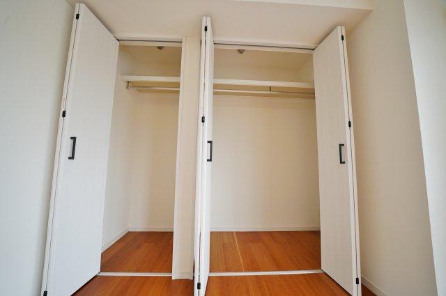 大きなクローゼットでお部屋もすっきり