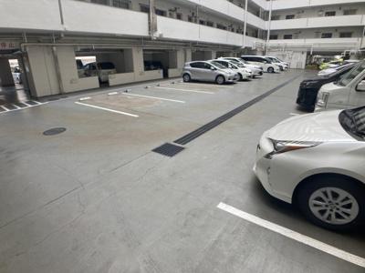 【駐車場】茨木グランドハイツ