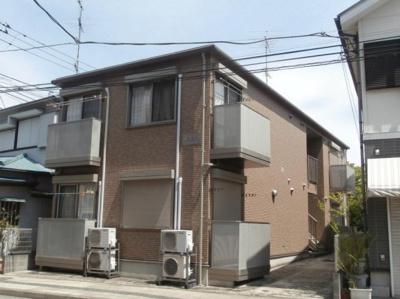 市営地下鉄ブルーライン「弘明寺駅」徒歩7分のアパートです。