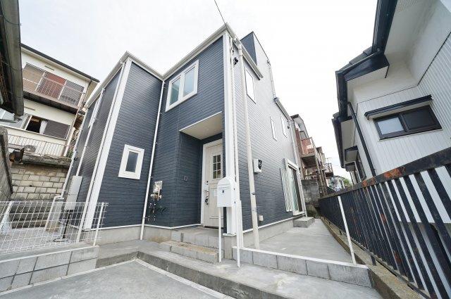 相鉄線「西横浜」駅徒歩圏内に立地する新築戸建物件です