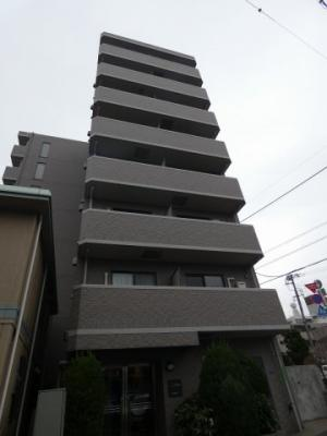 東急池上線「御嶽山駅」徒歩4分のマンションです。