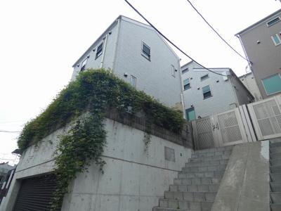 都営浅草線「馬込」駅より徒歩3分の駅近デザイナーズアパートです