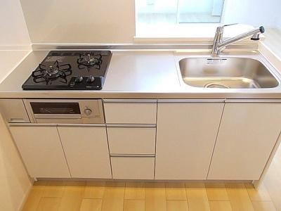 【キッチン】エレガンシアゼファーⅠ