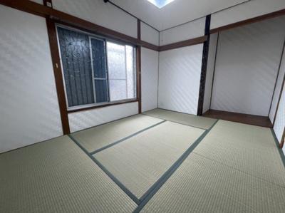 2階の和室6帖です。