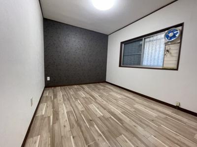 2階の洋室6帖クロス入りで可愛いです。