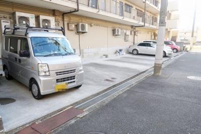 【駐車場】ヴェルデ高御座