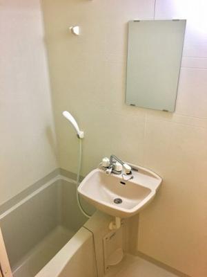 【浴室】レオパレスハウ