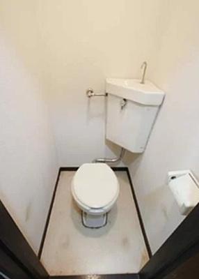 【トイレ】メゾンドゥ本郷(メゾンドゥホンゴウ)