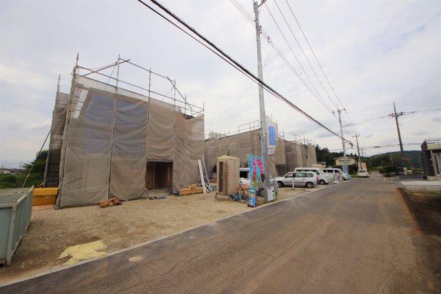 1~6号棟現場 駐車場2台~3台可 前面道路 北5.07m 東4.97m公道