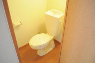 一人暮らしにはうれしい、バス・トイレ独立タイプです。