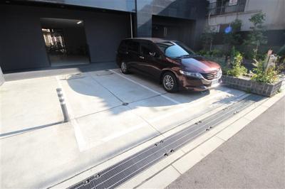 【駐車場】ポルト・ボヌール梅田WEST