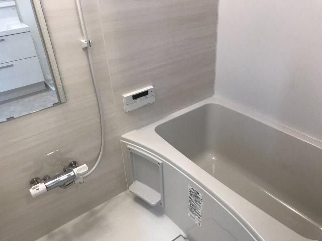 【浴室】カールトンコート