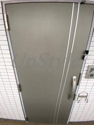 【玄関】コスモリード十条駅前
