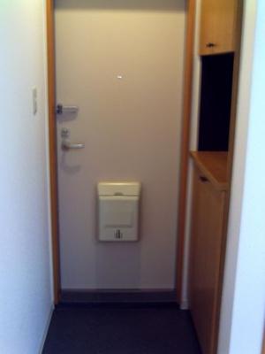 ロフトを寝室や収納スペース等に活用できます