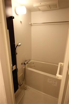 【浴室】エスプレイス難波サウスゲート