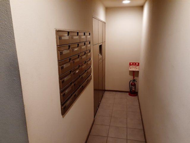 宅配ボックスです