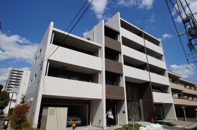 京浜東北線「蒲田駅」徒歩8分の分譲マンションです。