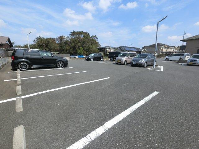 【駐車場】にふてぃはうす89