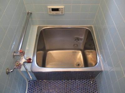 【浴室】橘2丁目貸家